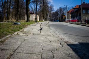 Chodnik Koszarowa []