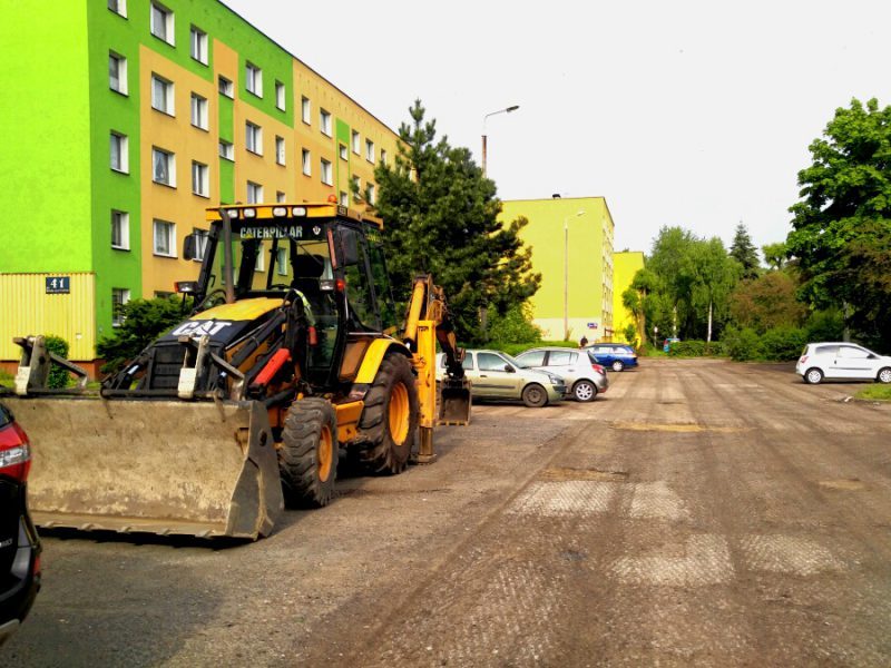 Pisudskiego 41 parking.