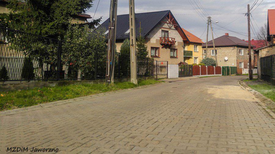 Drobne prace naprawcze na ul. Szarych Szeregów