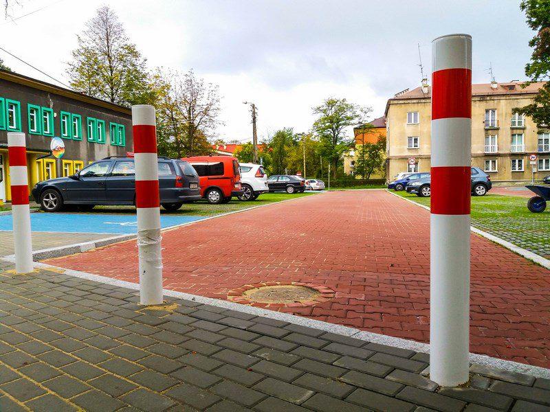 Parking przy przedszkolu