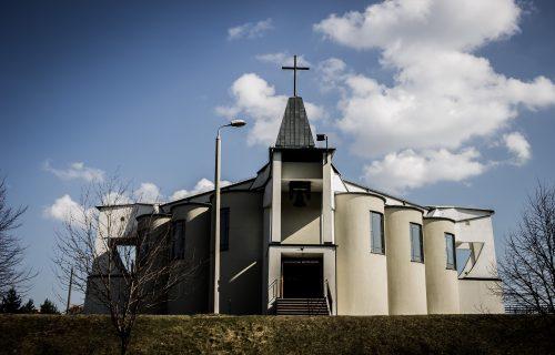Kościół Długoszyn1