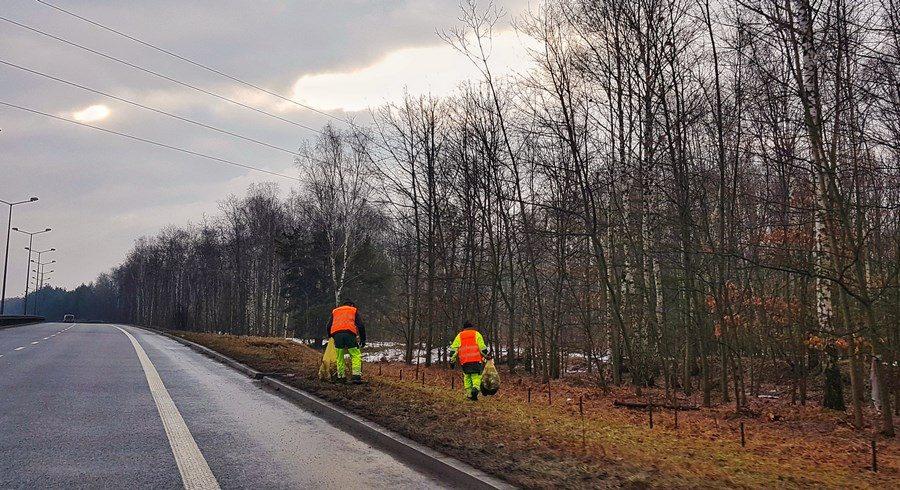 Śmieci pas drogowy (1) (Kopiowanie)