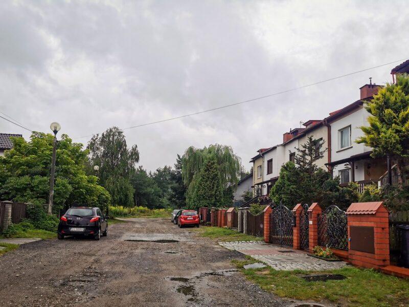 Na zdjęciu widać ulicę Prostą